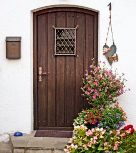 wood-window-old-arch-cottage-romantic-503836-pxhere.com